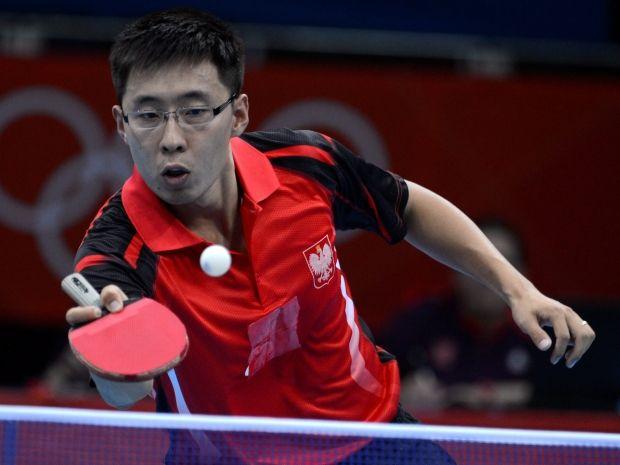 Wang Zeng Yi pożegnał się z turniejem indywidualnym (fot. PAP/EPA)