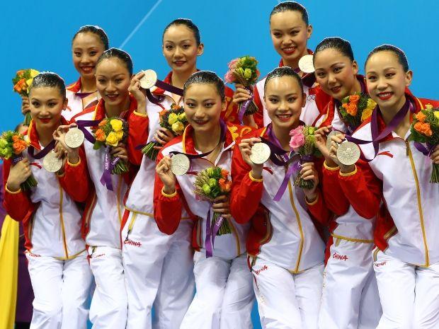 Chińska drużyna ze srebrnymi medalami igrzysk w Londynie (fot. Getty Images)