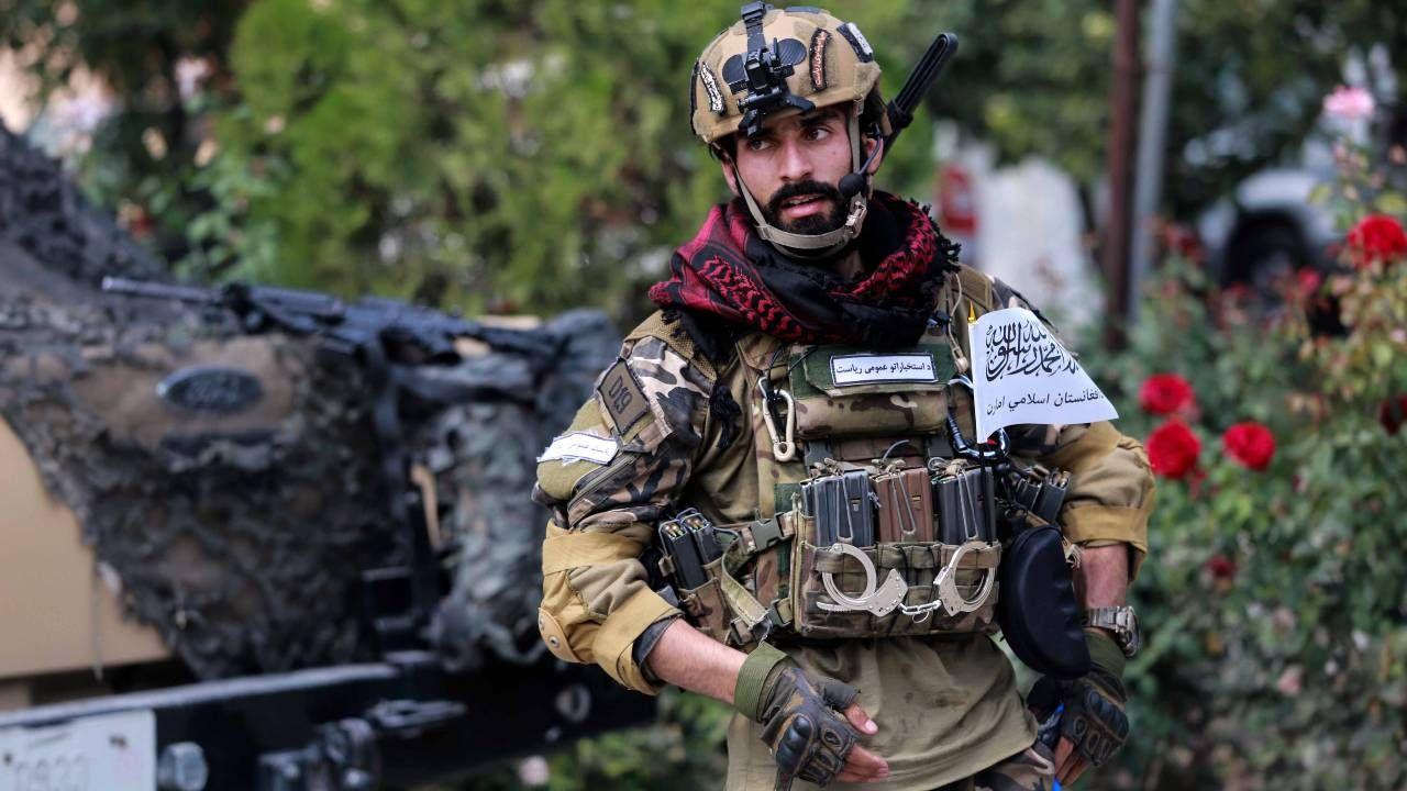 Talibowie wprowadzają w Afganistanie swoje porządki (fot. PAP/EPA/STRINGER)