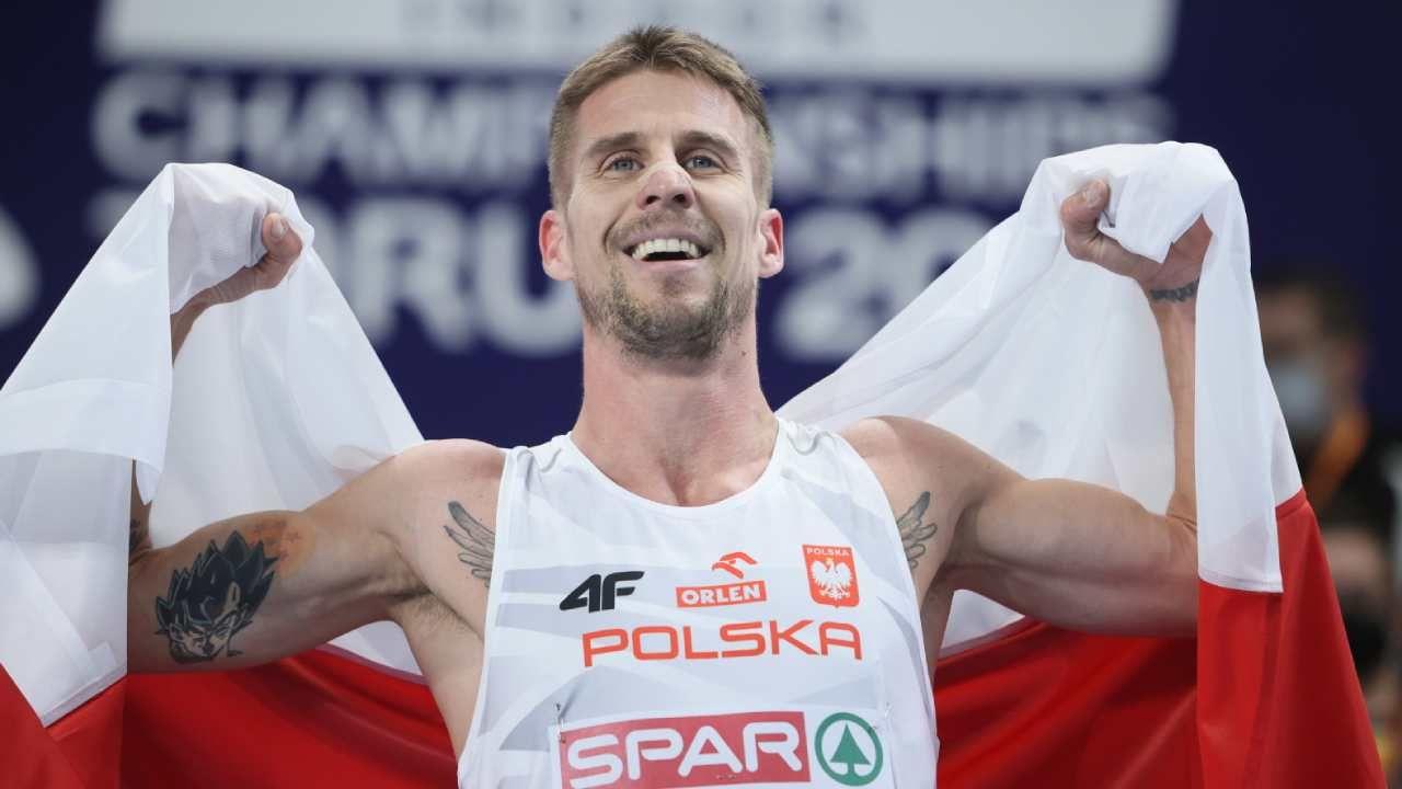 Marcin Lewandowski zdobył złoty medal w finale biegu na 1500m mężczyzn podczas HME w Toruniu (fot. PAP/Leszek Szymański)