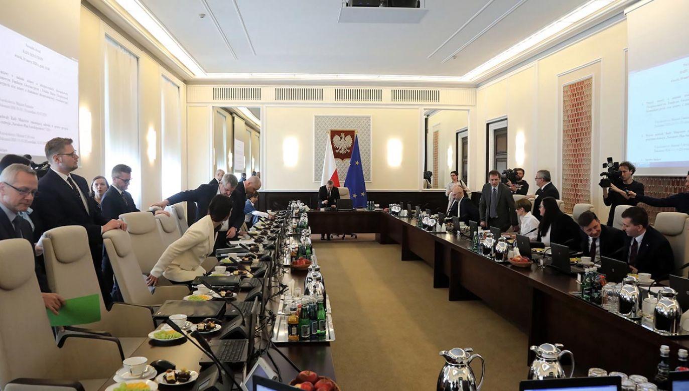 Marcin Horała jest wiceministrem infrastruktury (fot. PAP/Wojciech Olkuśnik)