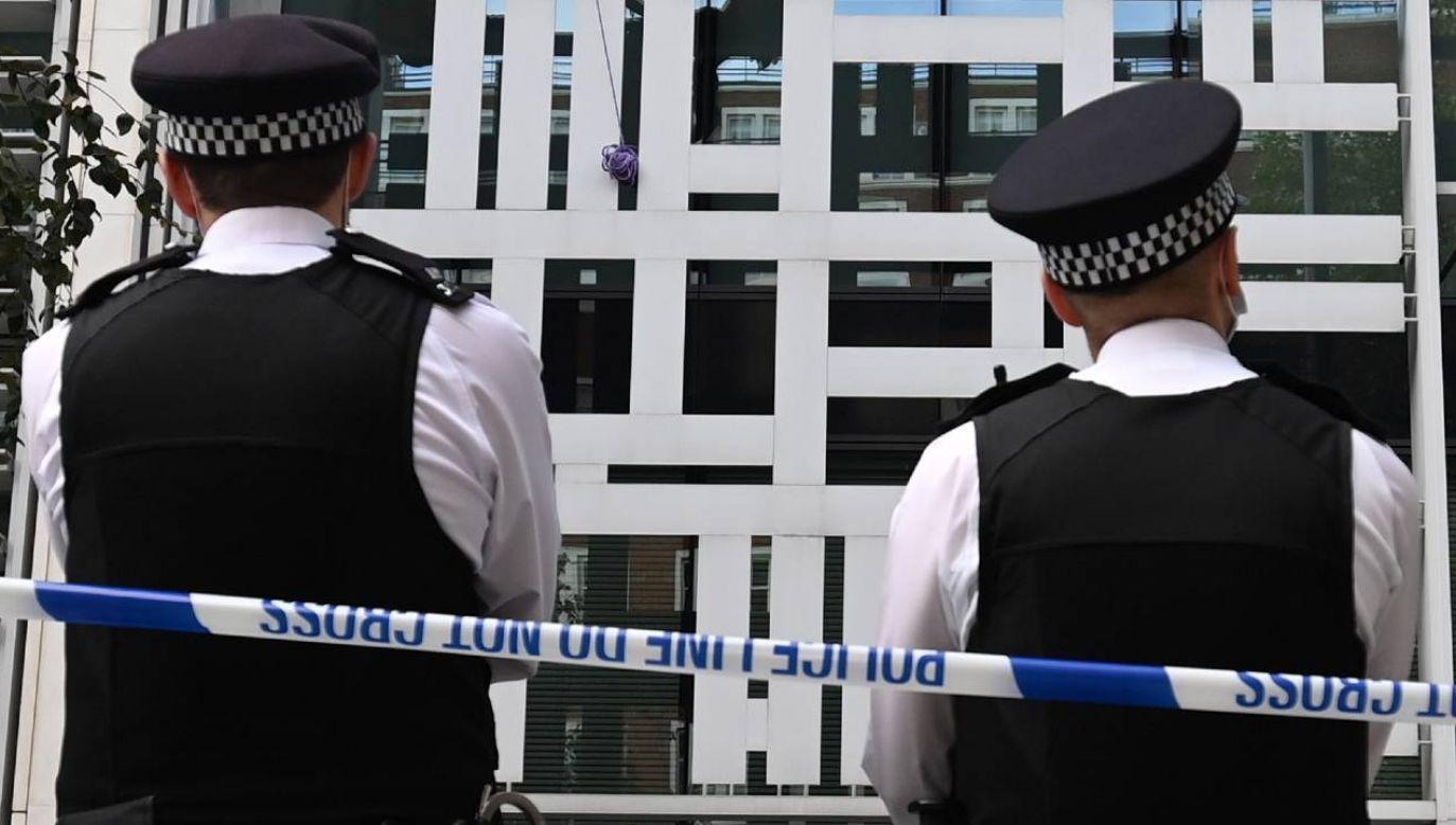 Rośnie liczba nadużyć w brytyjskiej policji (fot. PAP/EPA/ANDY RAIN)