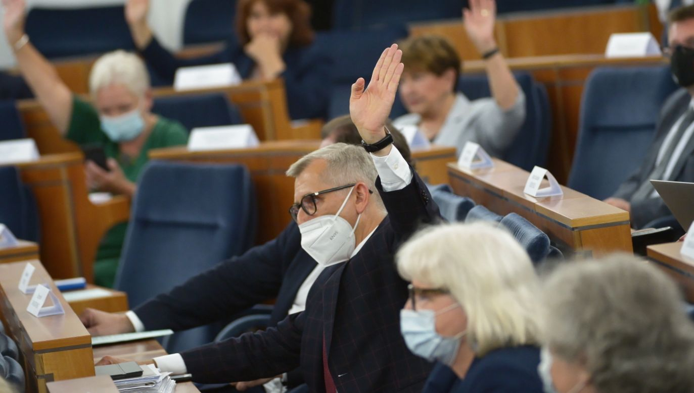 Senator Krzysztof Kwiatkowski (fot. PAP/Marcin Obara)