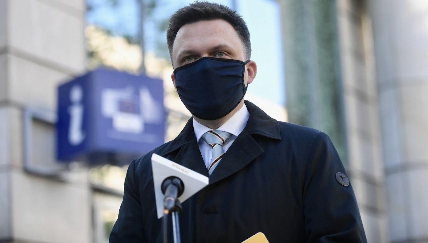 Spadek poparcia ugrupowania Szymona Hołowni (fot. PAP/Marcin Obara)