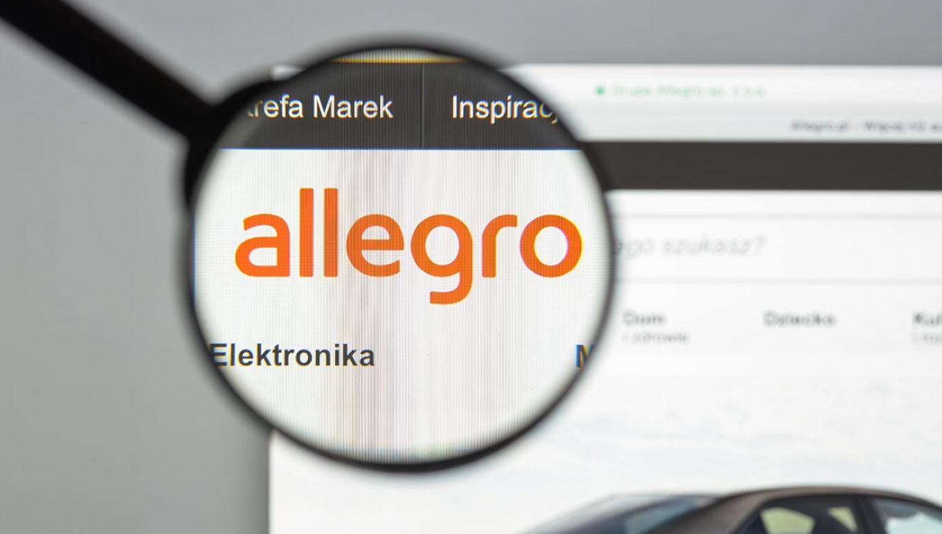 Miesięcznie za pośrednictwem Allegro zawieranych jest średnio 32 mln transakcji (fot. Shutterstock/Casimiro PT)