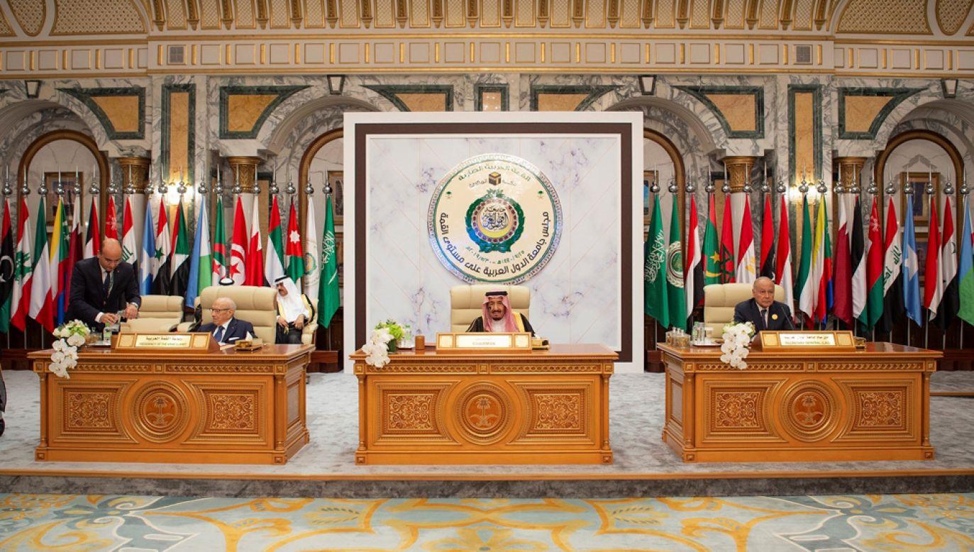 Członkowie Ligi Arabskiej zebrali się na szczeblu ministerialnym z inicjatywy Egiptu na nadzwyczajnym posiedzeniu poświęconym ofensywie Turcji(ZDJĘCIE ILUSTRACYJNE) (fot. Bandar Algaloud / Saudi Kingdom Council / Handout/Anadolu Agency/Getty Images)
