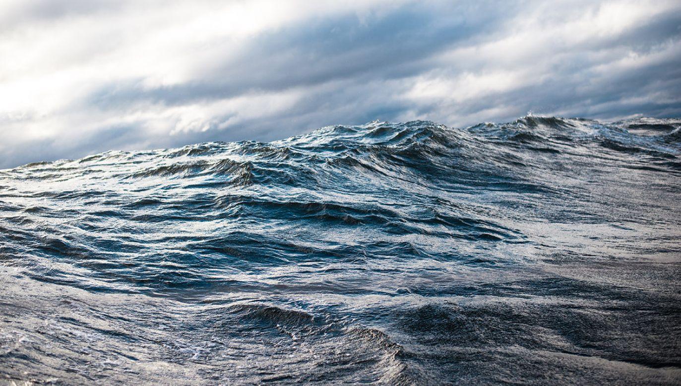 Jedna osoba uznawana jest za zaginioną, trwają poszukiwania (fot. Shutterstock/Aleksey Stemmer)