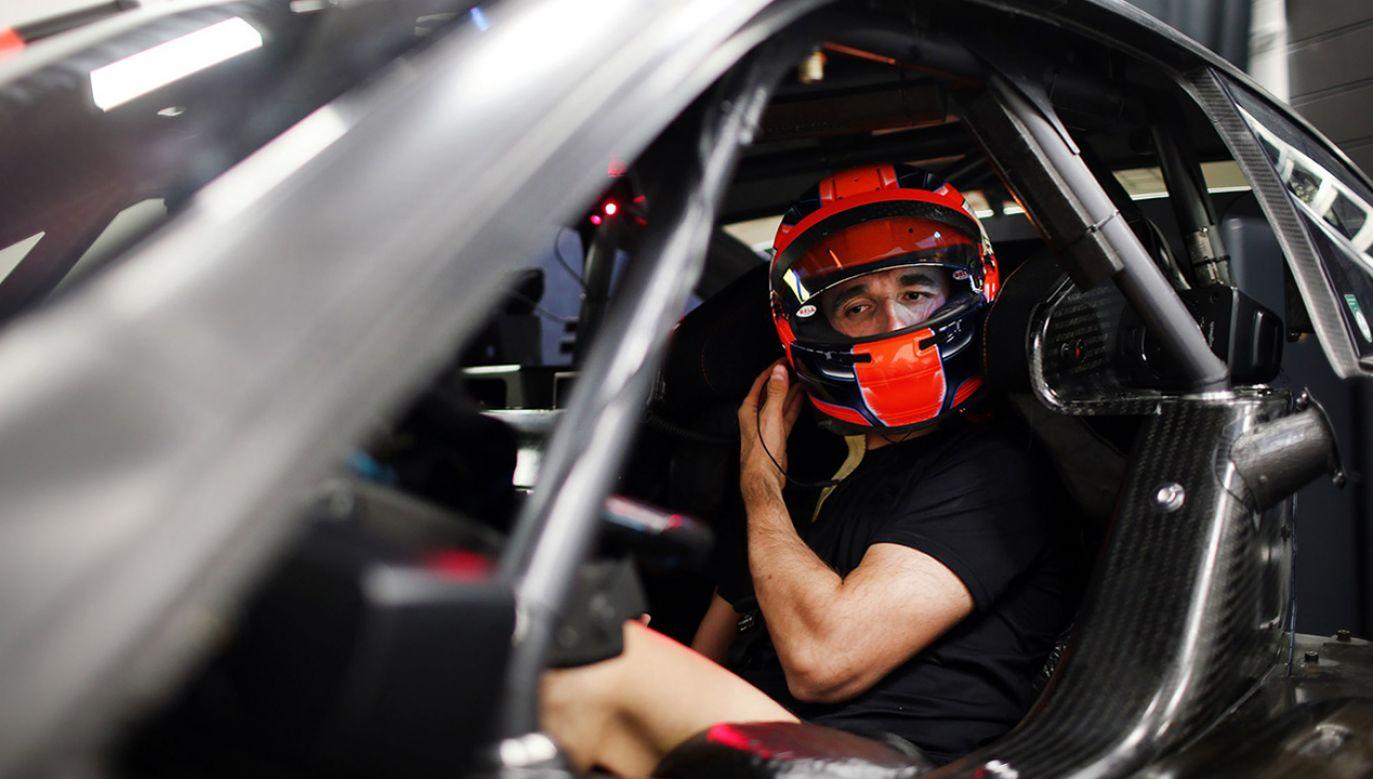 Od środy Robert Kubica będzie jeżdził na testach w teamie BMW DTM (fot. Facebook/BMW Motorsport)