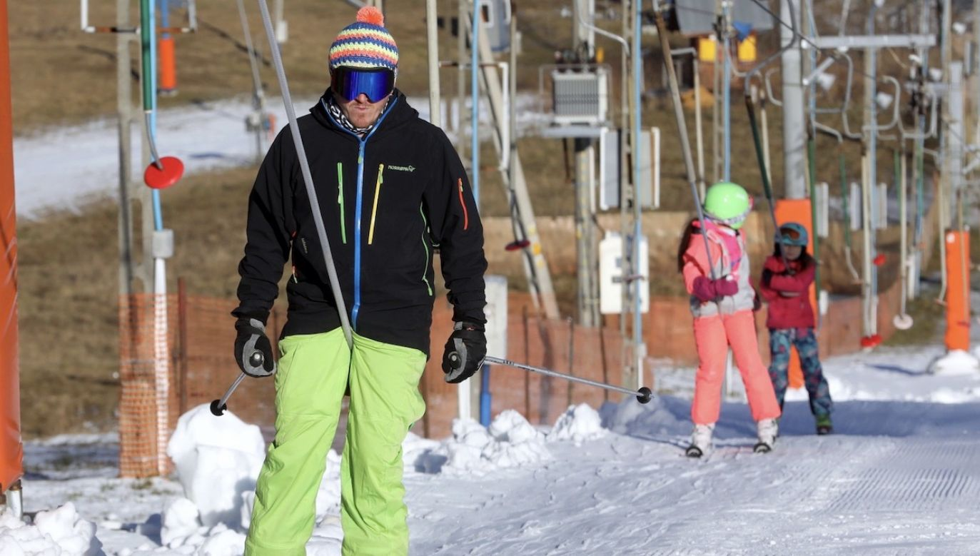 Jakie restrykcje dotyczą stoków narciarskich? (fot. PAP/Grzegorz Momot)