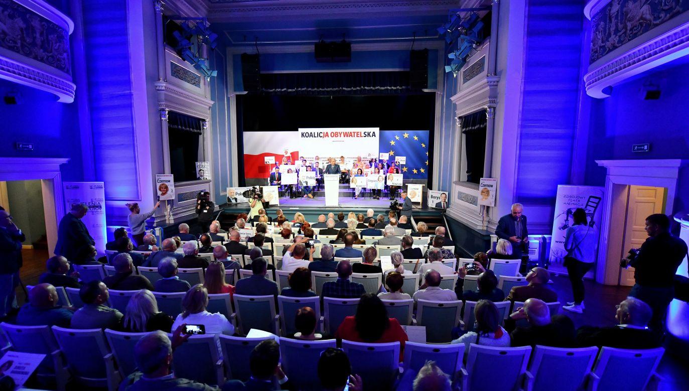 Konwencja KO w Jeleniej Górze (fot.PAP/Jan Karwowski)
