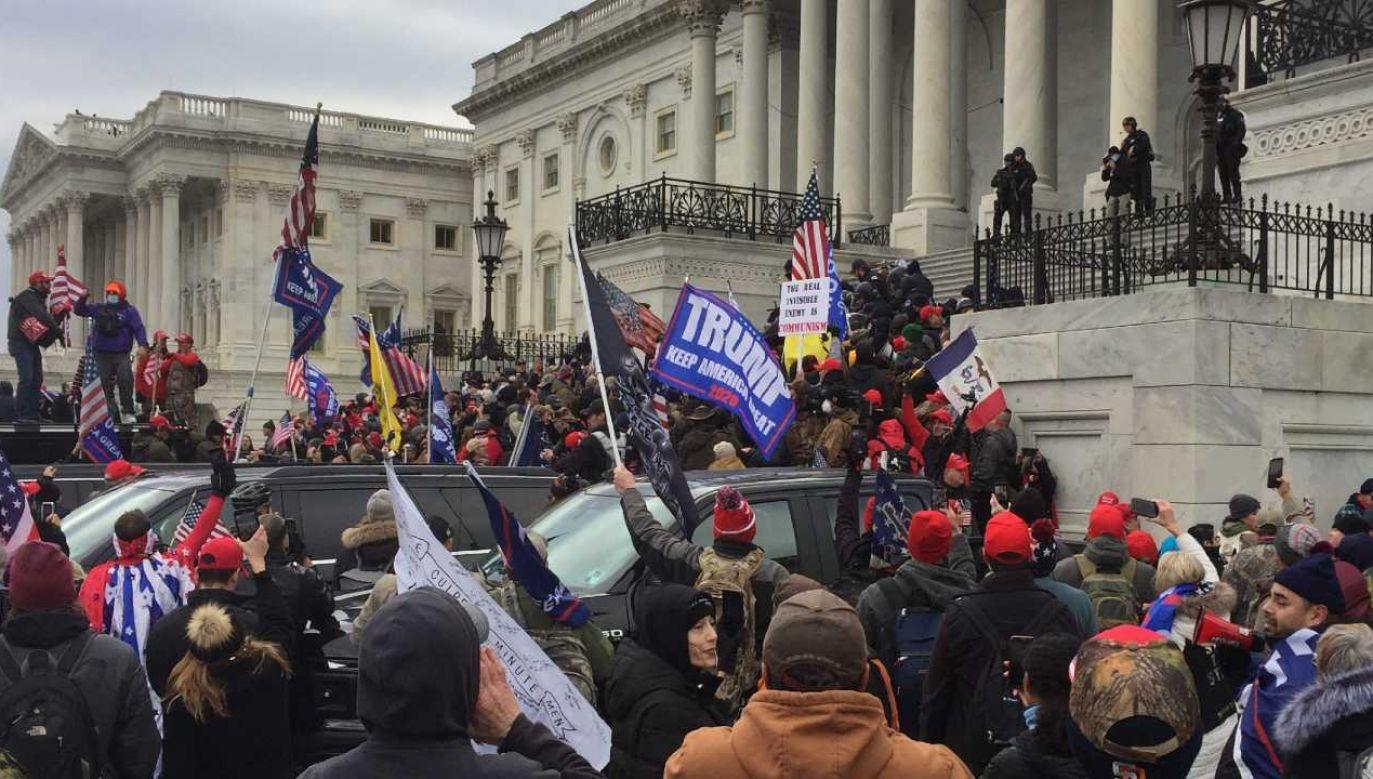 Zwolennicy Donalda Trumpa wszczęli zamieszki (fot. Wiki 4.0/TapTheForwardAssist)