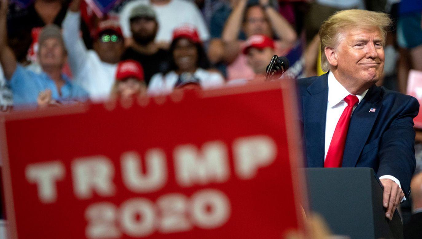 Donald Trump w ostrych słowach zaatakował Demokratów (fot. PAP/EPA/CRISTOBAL HERRERA)