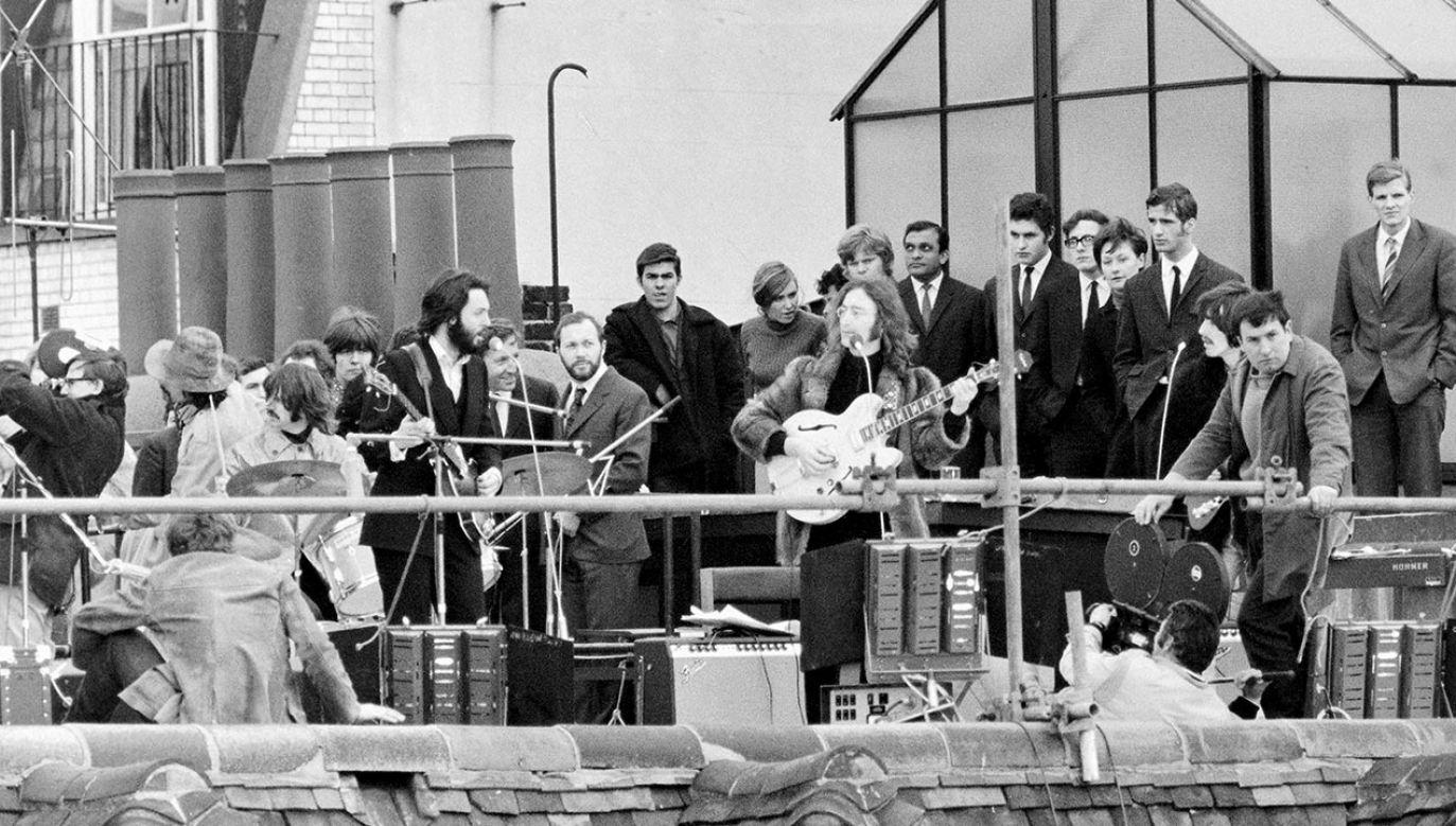 Książka ma zawierać transkrypcje rozmów Beatlesów z sesji studyjnych w 1969 roku (fot. Daily Mirror/Mirrorpix/Mirrorpix via Getty Images)