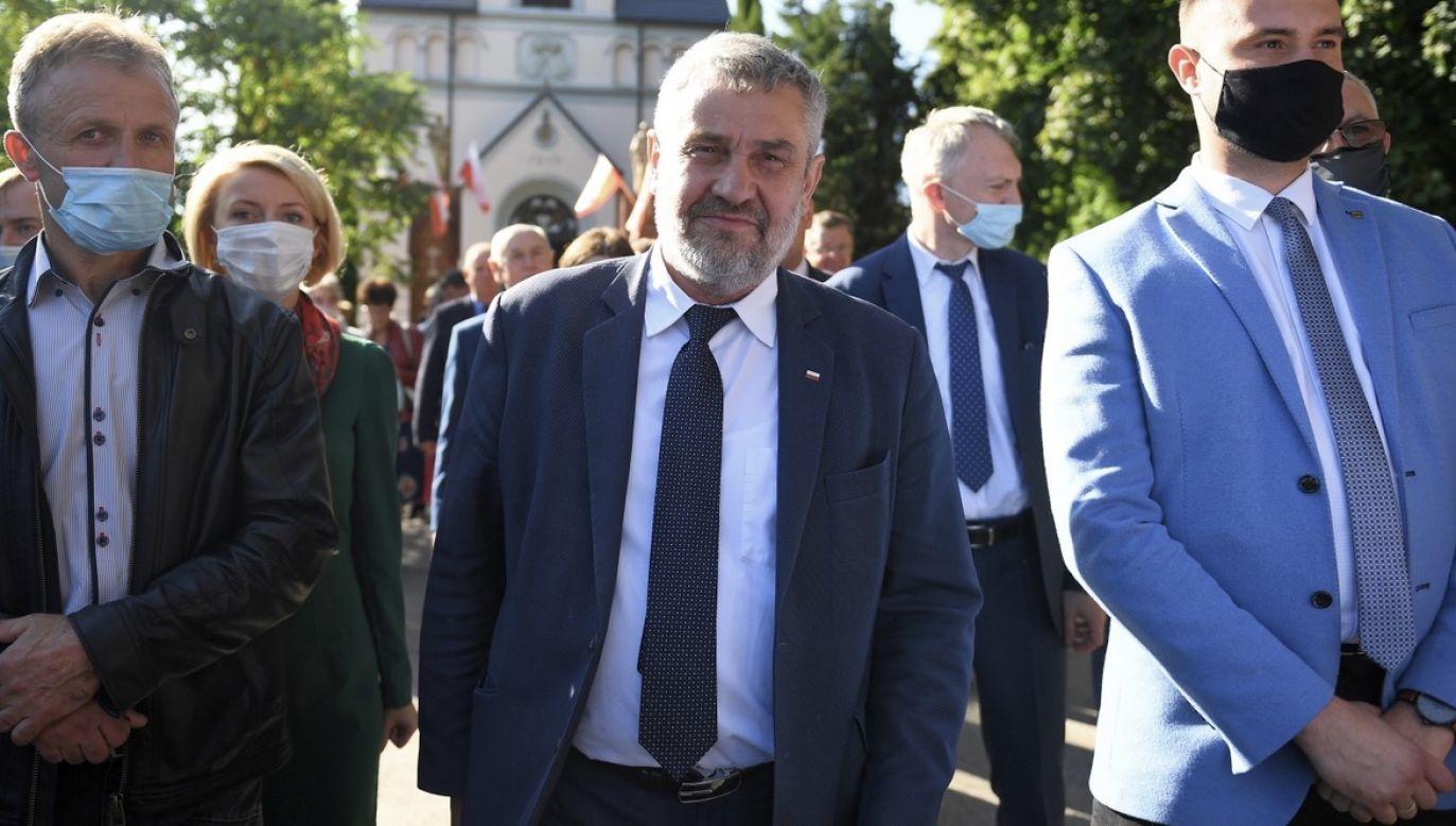 Minister Ardanowski zagłosował przeciw ustawie prozwierzęcej (fot. PAP/Marcin Gadomski)