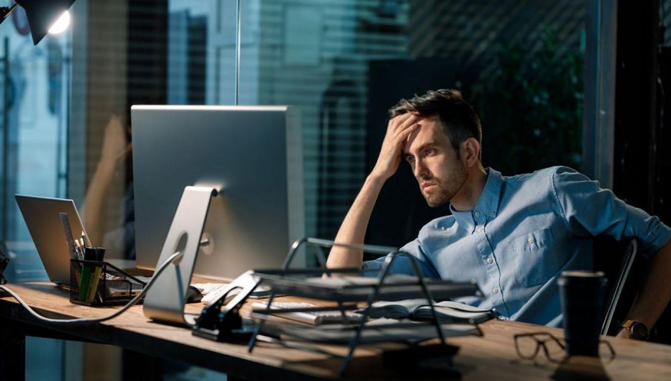 Najbardziej zagrożone pracoholizmem są osoby w wieku 25–34 lata (fot. Shutterstock/Altitude Visual)