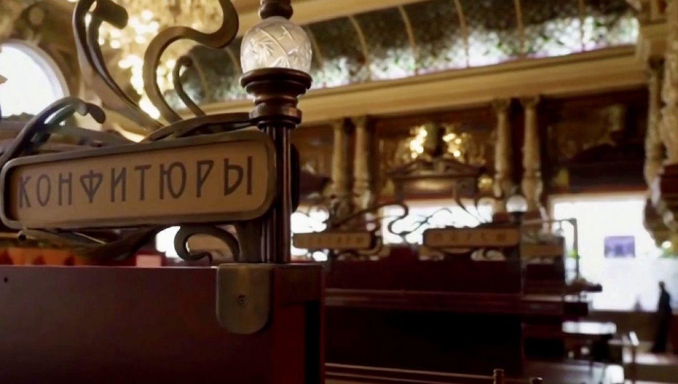 Wnętrza na bogato, towary z najwyższej półki (fot. TVP Info)