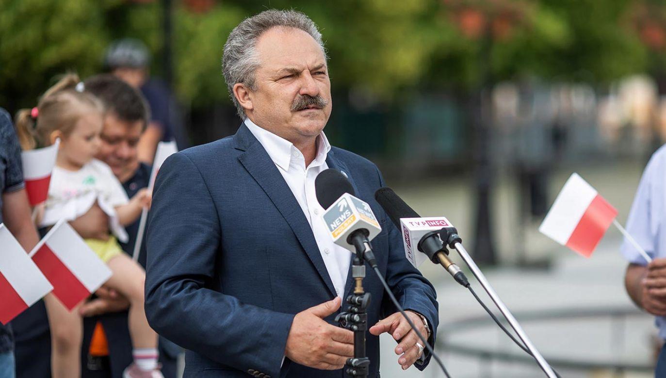 Jakubiak odpadł w pierwszje turze wyborów (fot. PAP/Szymon Łabiński)