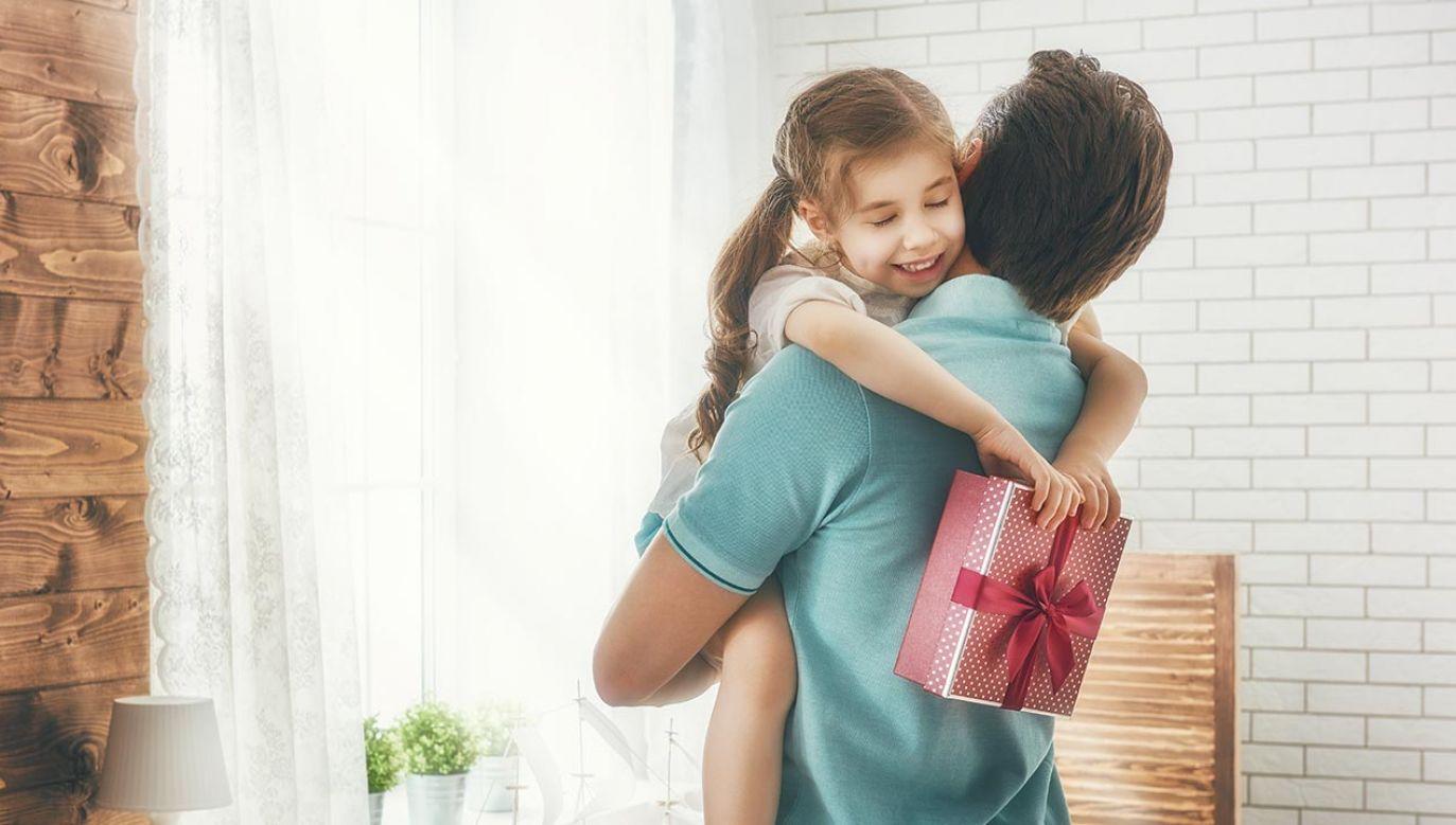 """""""Wybierając dobrą zabawkę dbamy o bezpieczeństwo naszego dziecka"""" (fot. Shutterstock/ Yuganov Konstantin)"""