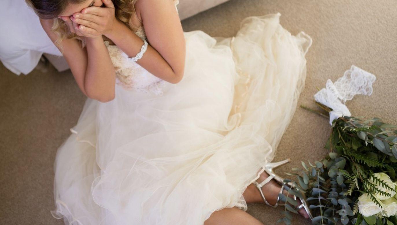 To miał być najpiękniejszy dzień w życiu nowożeńców (fot. Shutterstock/wavebreakmedia; zdjęcie ilustracyjne)