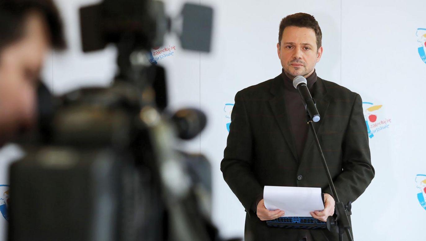 Ekipa Rafała Trzaskowskiego zapowiada radykalne oszczędności (fot. PAP/Tomasz Gzell)