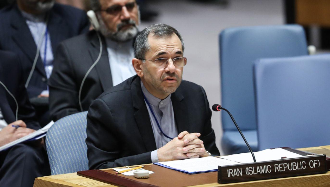 Ambasador Takht Ravanczi stwierdził, ze z powodu sankcji nałożonych na Iran przez USA, postanowienia porozumienia wykonuje tylko jego kraj (fot. Atilgan Ozdil/Anadolu Agency/Getty Images)