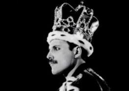 freddie-mercury-the-king-of-queen