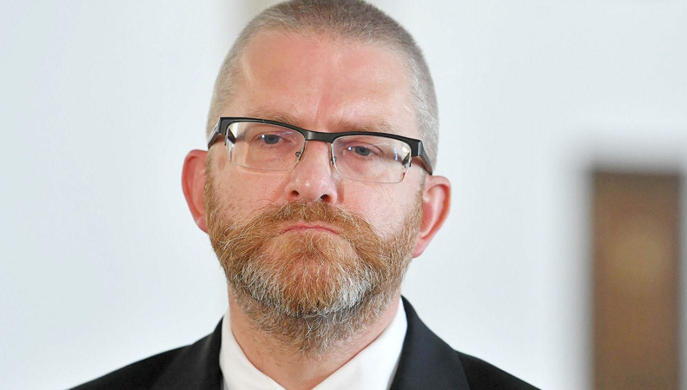 Poseł Grzegorz Braun (fot. PAP/Radek Pietruszka)