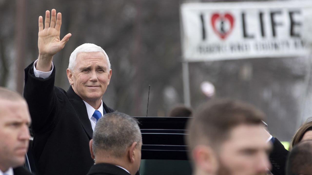 W marszu dla zycia wziął udział wiceprezydent USA Mike Pence(fot. PAP/EPA/ERIK S. LESSER)