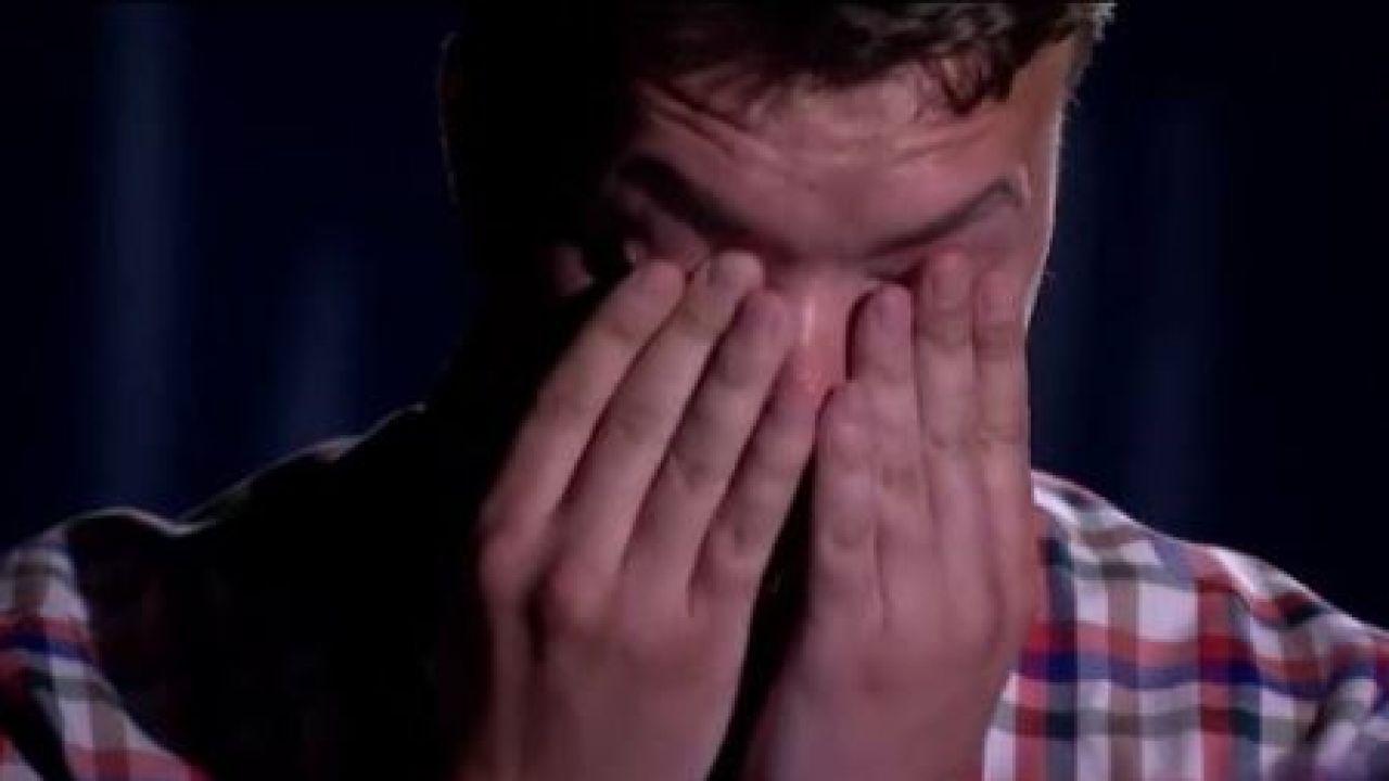 Pratasiewicz ze łzami w oczach wyraził skruchę (fot. Twitter)