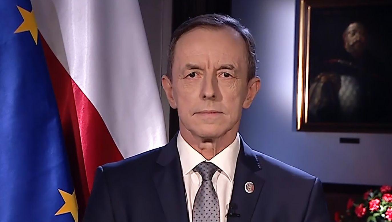 Zdaniem senatora PiS Jackowskiego marszałek Senatu dwukrotne porównał w orędziu zwycięstwo PiS-u do choroby (fot. TVP)