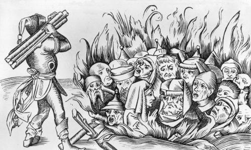 Około 1493 r. Żydzi z Kolonii spaleni żywcem. Oryginalna publikacja: Liber Chronicarum Mundi (Norymberga, 1493). Fot. Hulton Archive / Getty Images