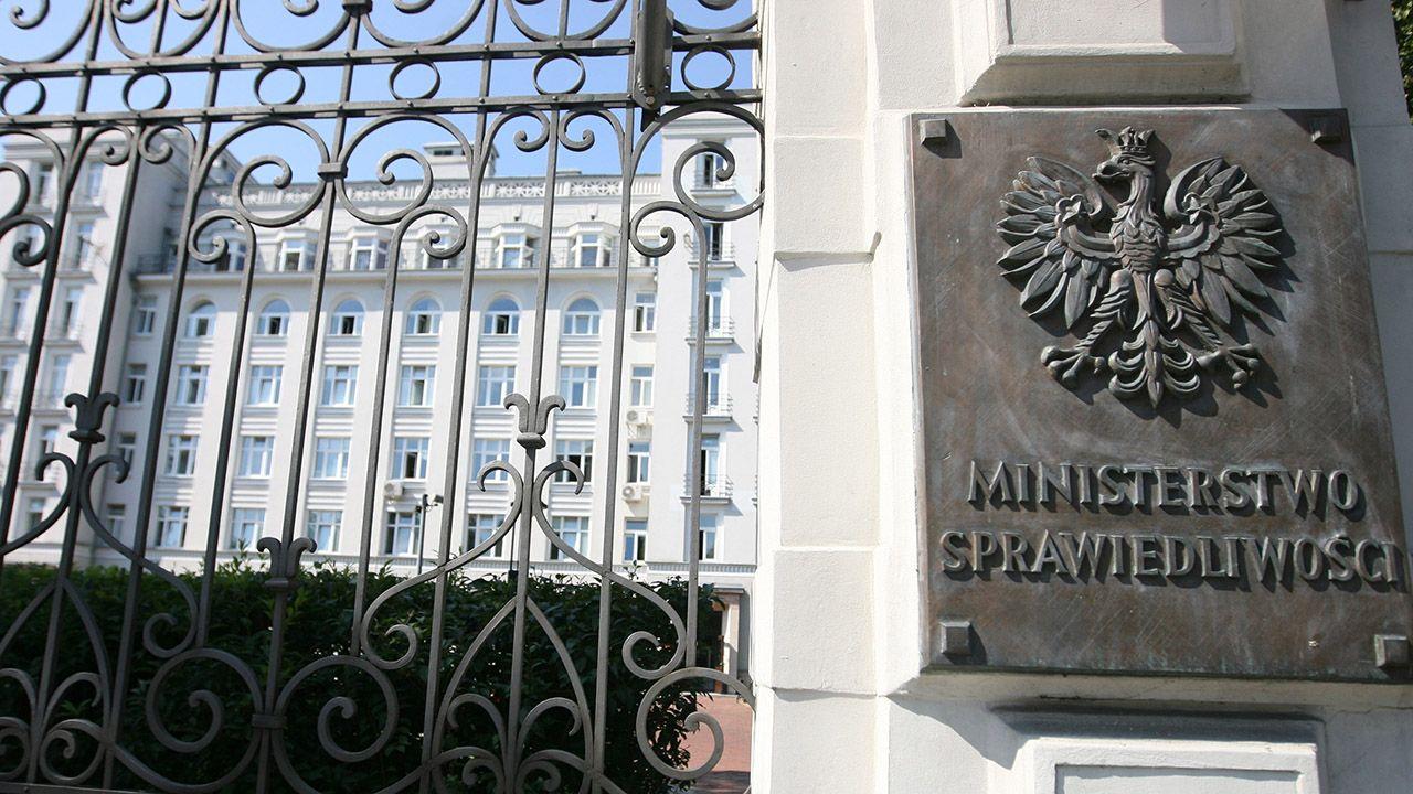 Według Onetu sędzia Jakub Iwaniec dostarczał internetowej hejterce Emilii haki na szefa Iustitii (fot. arch. PAP/Paweł Kula)