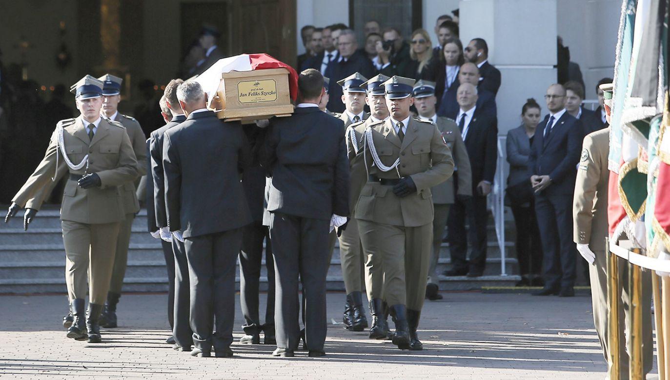 Uroczystości pogrzebowe byłego ministra środowiska i wieloletniego posła prof. Jana Szyszko (fot.  PAP/Leszek Szymański)