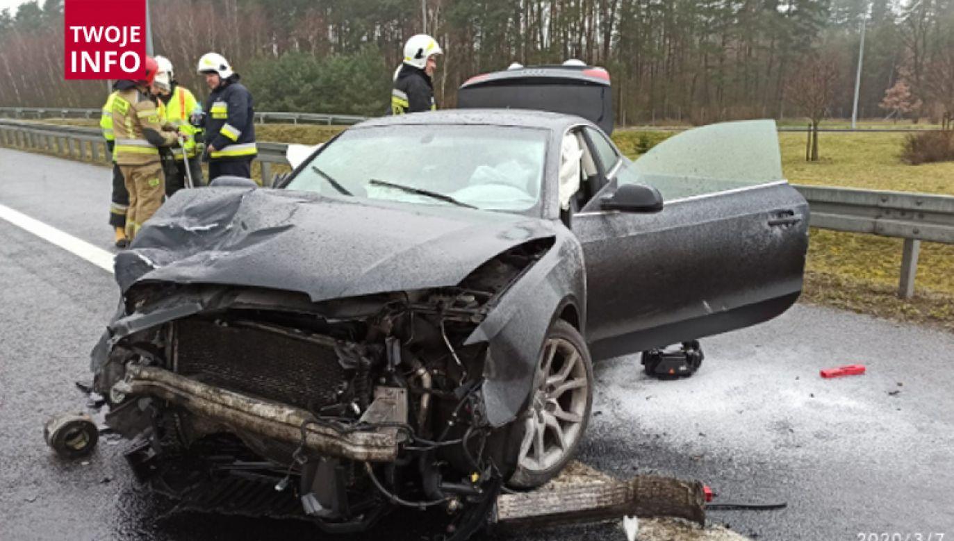 Do wypadku doszło po godz. 13. Informacje i zdjęcia otrzymaliśmy na numer 601 600 100 (fot. Twoje Info)