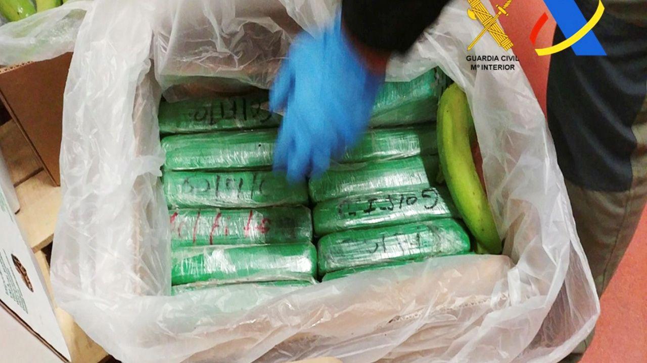 Wartość przechwyconej kokainy szacuje się na 470 mln euro (fot. Guardia Civil-Ministerio del Interior/Handout via REUTERS)