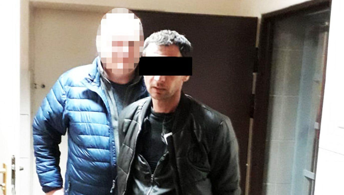 Czterech mężczyzn trafiło do aresztu, jeden został objęty policyjnym dozorem (fot. Policja)