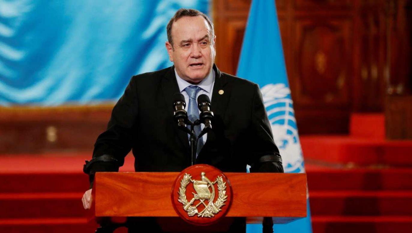 Prezydent Gwatemali Alejandro Giammattei jest zakażony koronawirusem  (fot. PAP/EPA/Esteban Biba)