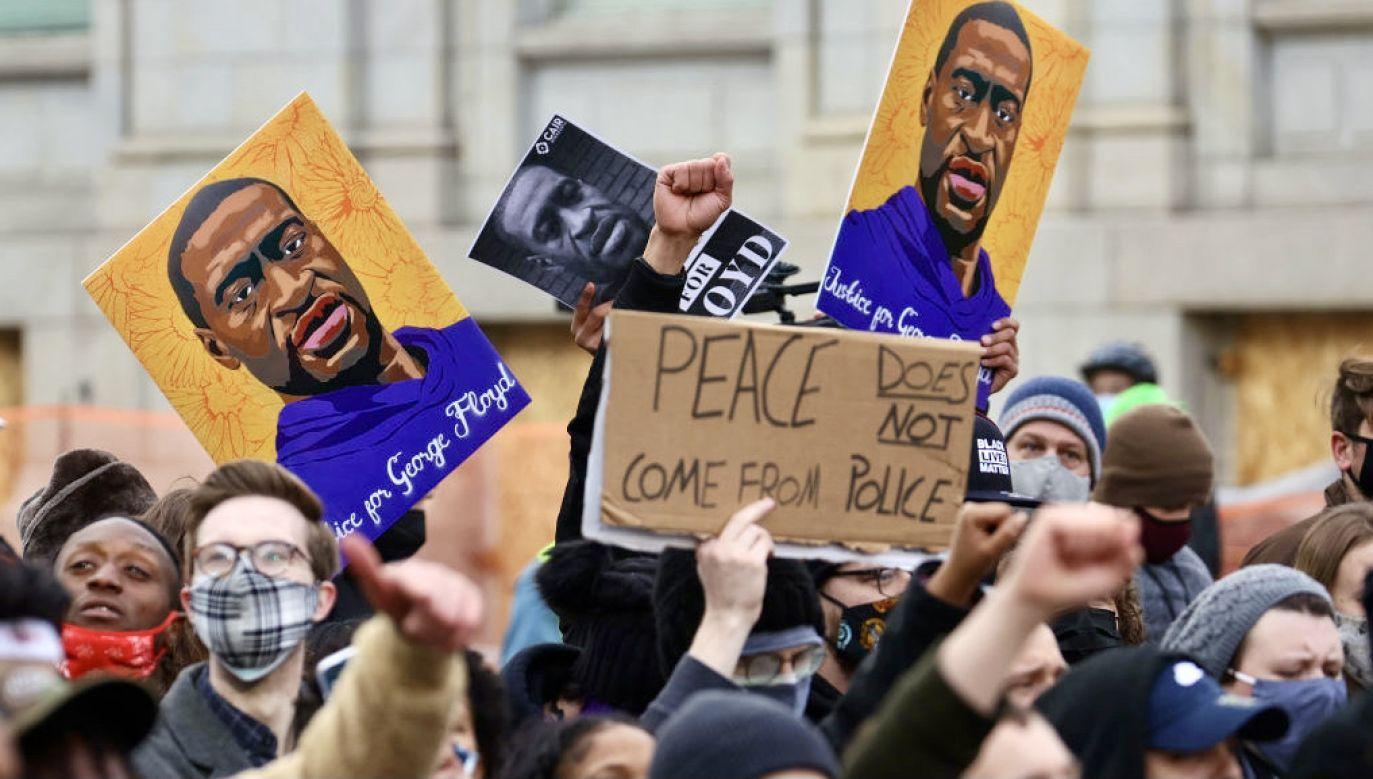 Były policjant został uznany za winnego spowodowania śmierci George'a Floyda (fot. Scott Olson/Getty Images)