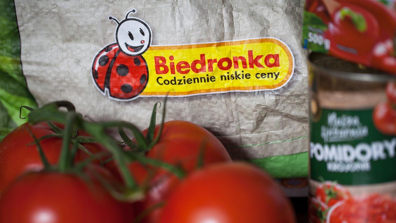 UOKiK apeluje, by zawiadamiać Inspekcję Handlową o przypadkach nieprawidłowego oznakowania kraju pochodzenia warzyw lub owoców (fot. Shutterstock/ Pressmaster)