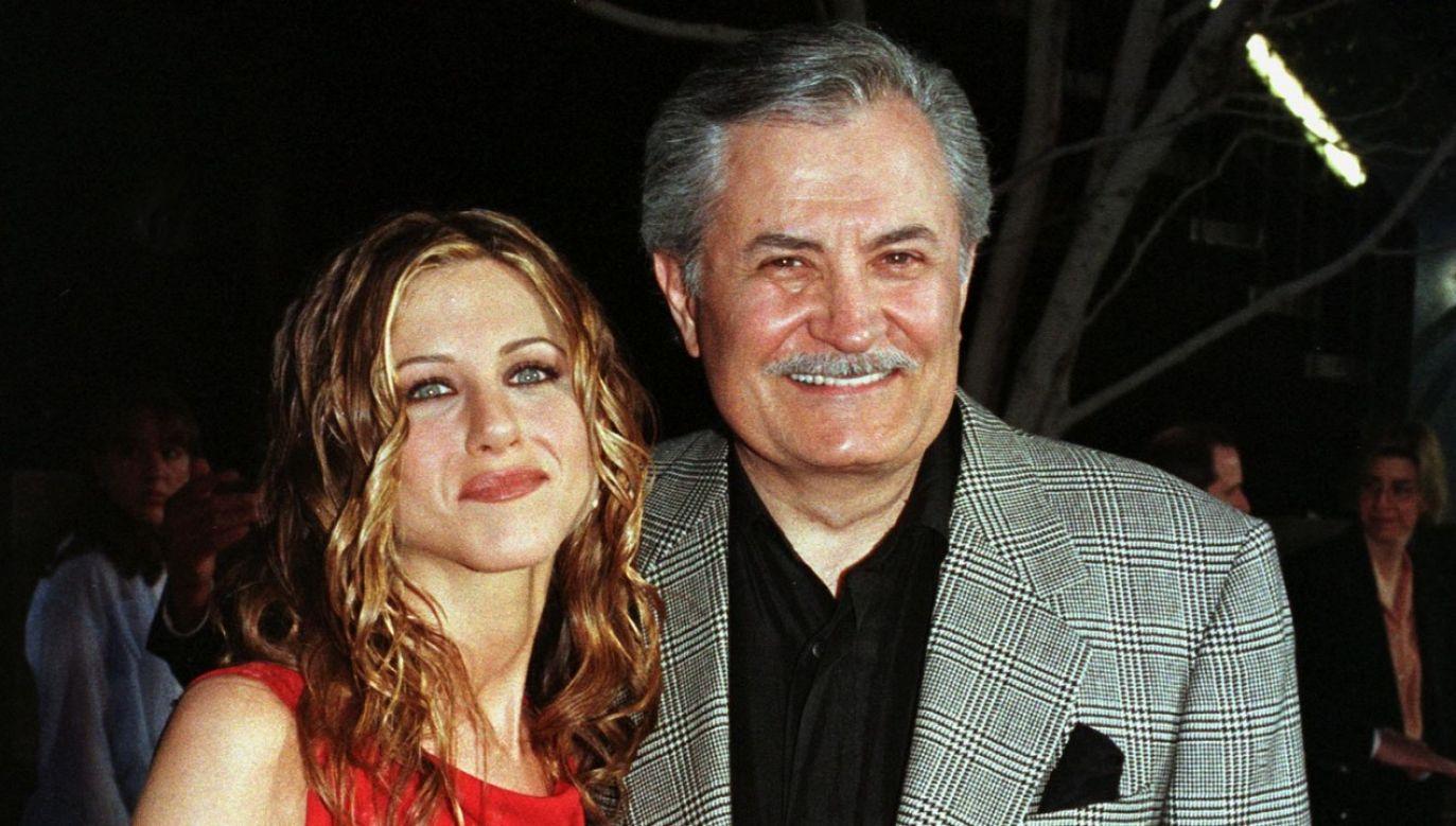 Pandemia sprawiła, że Jennifer i John zbliżyli się do siebie po latach niesnasek (fot. Reuters/Fred Prouser)