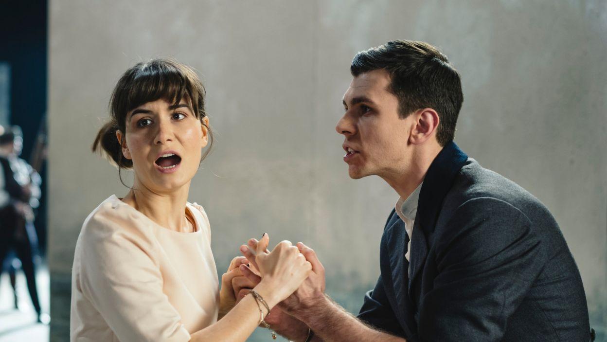 ... dziewczyna jednak kocha się, z wzajemnością, w synu Rejenta – Wacławie, którego zagrał Marcin Stępniak (fot. S. Loba)