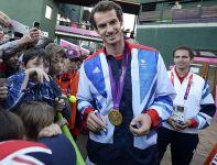 Andy Murray pokonał Rogera Federera 6:2, 6:1, 6:4 (fot. PAP/EPA)