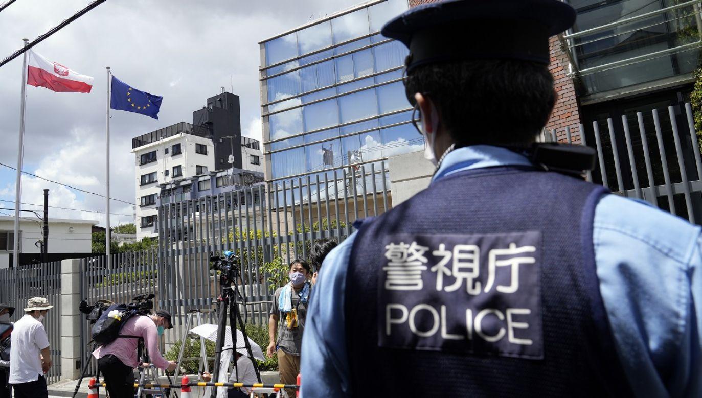 Japońska policja potwierdziła, że biegaczka pojechała samochodem polskiej służby dyplomatycznej na lotnisko (fot. PAP/EPA/Franck Robichon)