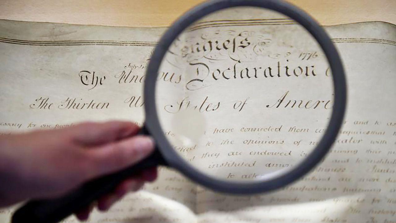 """Przyczyną cenzury był fragment dokumentu, w którym jest mowa o """"bezlitosnych, indiańskich dzikusach"""" (fot. REUTERS/Hannah McKay)"""