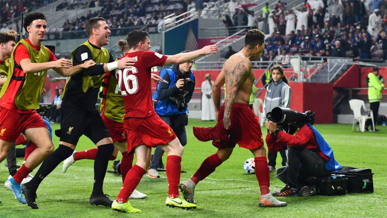 Zwycięskiego gola strzelił Roberto Firmino (fot. PAP/EPA/NOUSHAD THEKKAYIL)