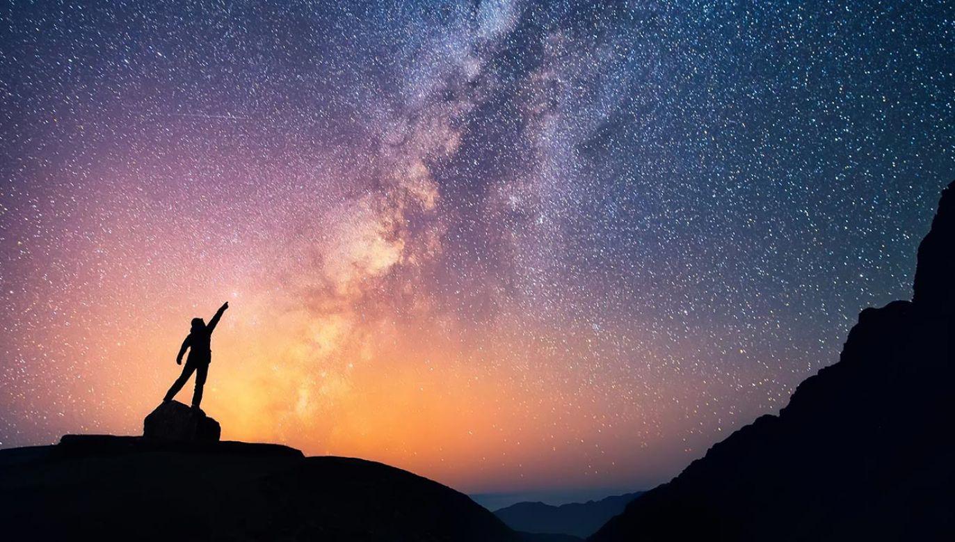Większość galaktyk zaczęła powstawać, gdy Wszechświat był bardzo młody (fot. Shutterstock/Anton Jankovoy)