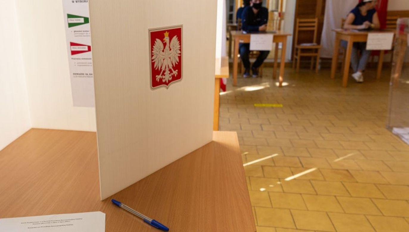 II tura wyborów prezydenckich (fot. Dominika Zarzycka/NurPhoto via Getty Images)
