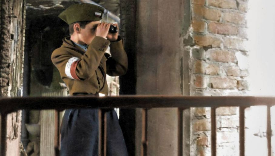 Najmłodsi służyli najczęściej jako kurierzy i obserwatorzy (fot. IPN/koloryzacja Mikołaj Kaczmarek)