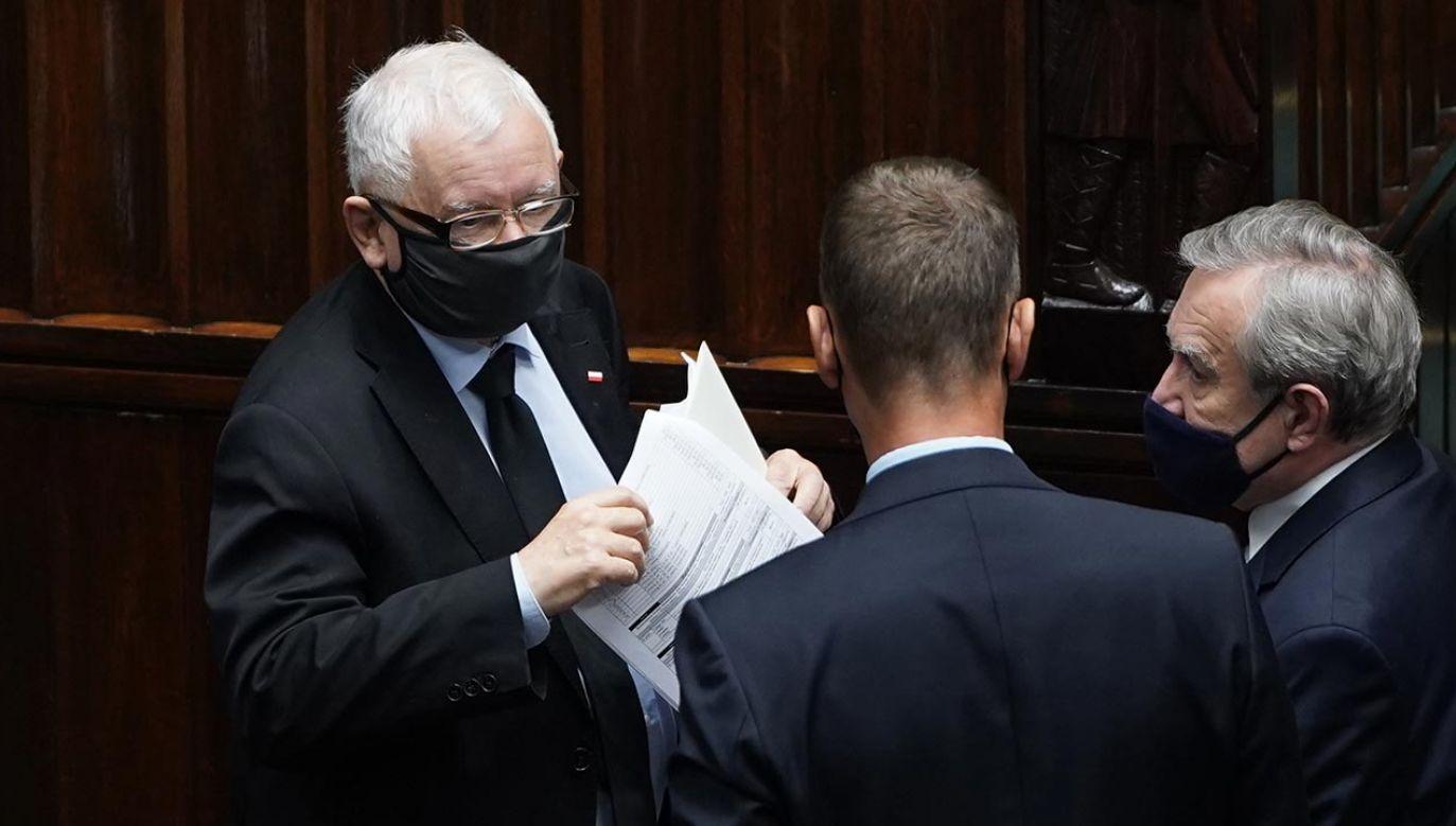 """""""Zmiany w rządzie o charakterze technicznym i koalicyjnym. W jednym przypadku – zasadniczym"""" (fot. Forum/Mateusz Wlodarczyk)"""