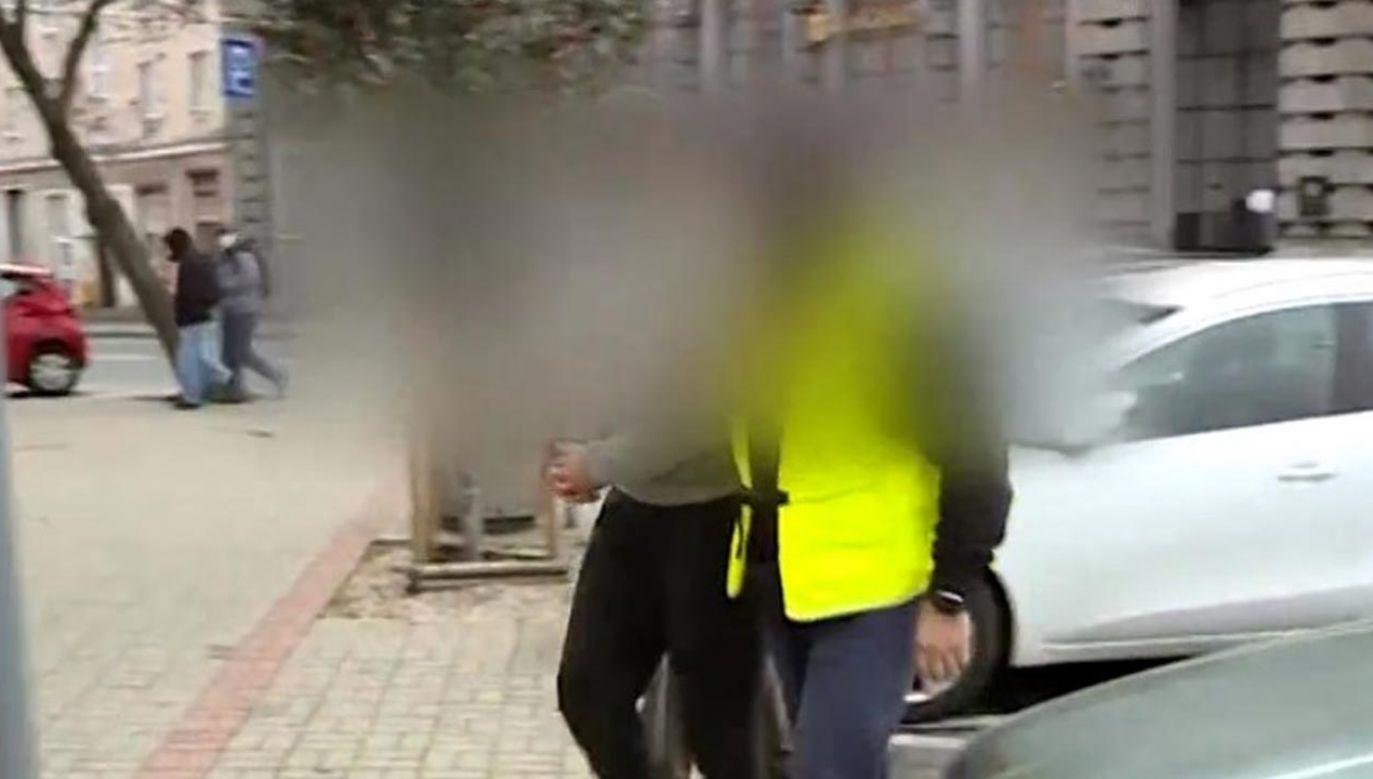 Mężczyzna pobił w zeszłym tygodniu operatora TVP Gdańsk (fot. TVP Info)